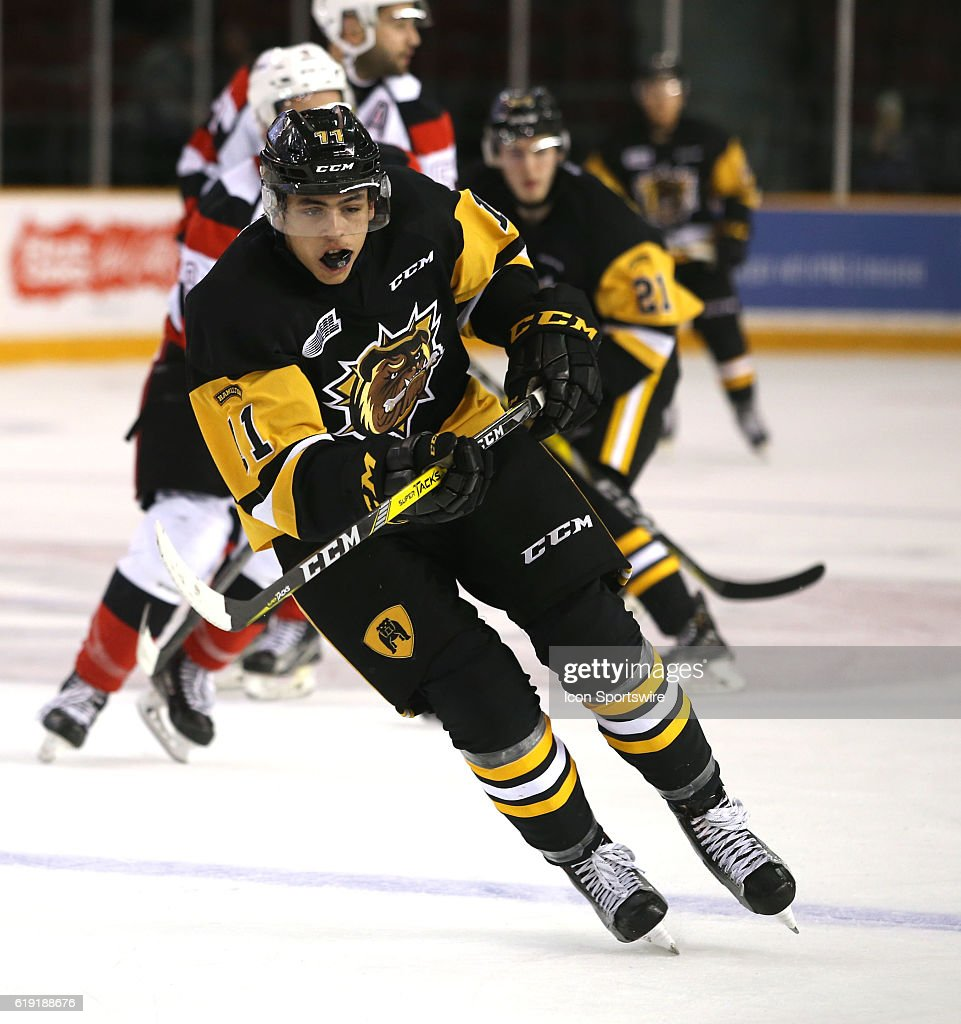 OHL: OCT 29 Bulldogs at 67's : News Photo