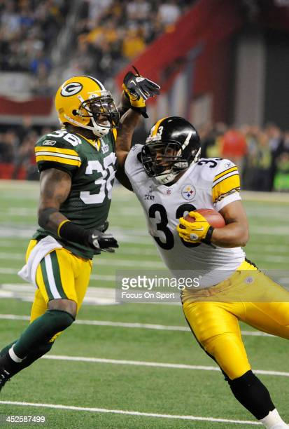 Isaac Redman of the Pittsburgh Steelers gets hit by Nick Collins of the Green Bay Packers during Super Bowl XLV February 6 2011 at Cowboys Stadium in...