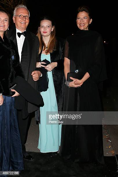 Isabel Beatty and her mother Annette Bening attend the 2014 Debutantes Ball at Theatre National de Chaillot on November 29 2014 in Paris France