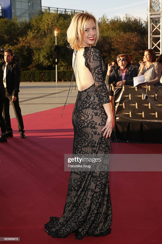 Isabel Edvardsson attends the Deutscher Fernsehpreis 2013 - Red Carpet Arrivals at Coloneum on October 02, 2013 in Cologne, Germany.