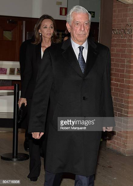 Isabel Preysler and Mario Vargas Llosa attend a memorial service for Carmen Balcells at the Palau de Musica on January 12 2016 in Barcelona Spain
