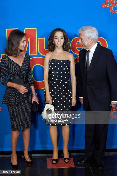 Isabel Preysler and Mario Vargas Llosa inaugurate the wax figure of Isabel Preysler at the Madrid Wax Museum on October 11 2018 in Madrid Spain