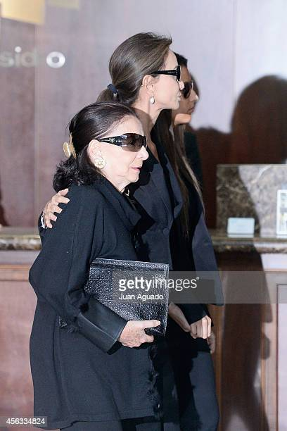 Isabel Preysler attends at Parque San Isidro Cemetery following the death of Miguel Boyer on September 29 2014 in Madrid Spain Spanish politician...