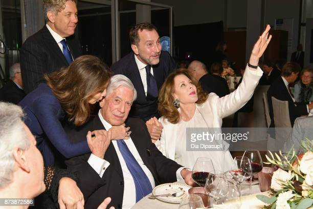 Isabel Preysler Michael Smith Mario Vargas Llosa James Costos and Maria HummerTuttle attend the Getty Medal Dinner 2017 at The Morgan Library Museum...