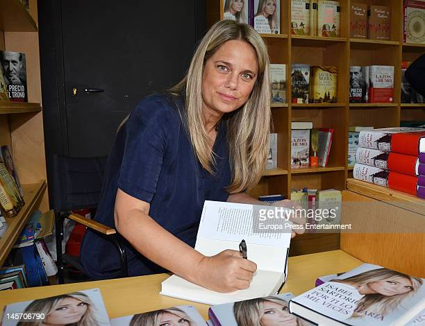 Isabel Sartorius attends 'Por Ti Lo Haria Mil Veces' book signing on May 19 2012 in Seville Spain