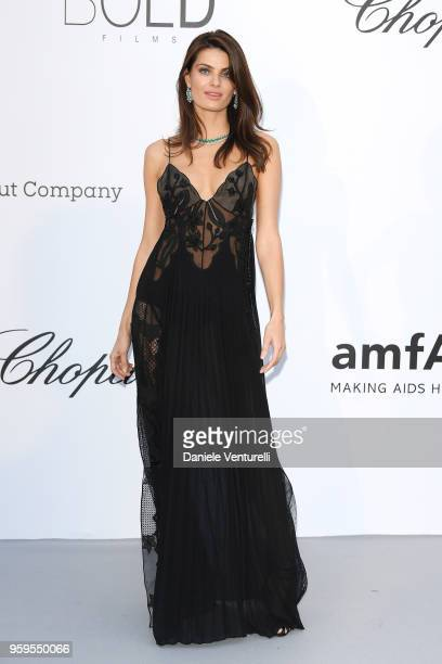 Isabeli Fontana arrives at the amfAR Gala Cannes 2018 at Hotel du CapEdenRoc on May 17 2018 in Cap d'Antibes France