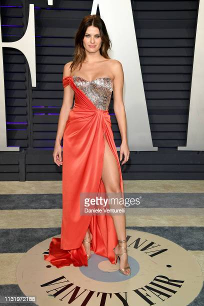 Isabeli Fontana attends 2019 Vanity Fair Oscar Party Hosted By Radhika Jones Arrivals at Wallis Annenberg Center for the Performing Arts on February...