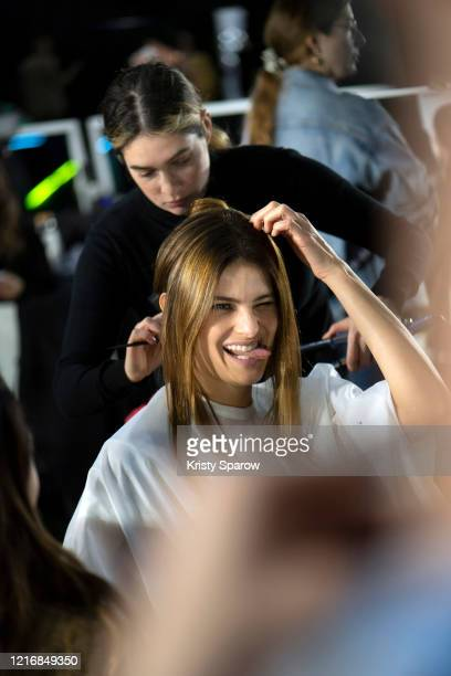 Isabeli Fontana prepares backstage before the Off-White Womenswear Fall/Winter 2020/2021 show as part of Paris Fashion Week on February 27, 2020 in...