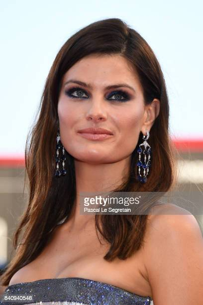 Isabeli Fontana walks the red carpet ahead of the 'Downsizing' screening and Opening Ceremony during the 74th Venice Film Festival at Sala Grande on...