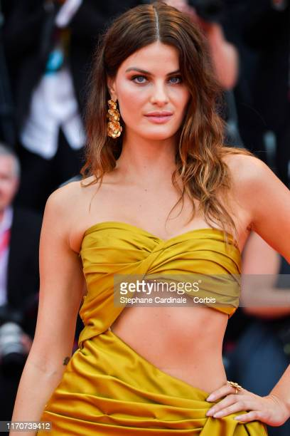 Isabeli Fontana walks the red carpet ahead of the opening ceremony during the 76th Venice Film Festival at Sala Casino on August 28, 2019 in Venice,...