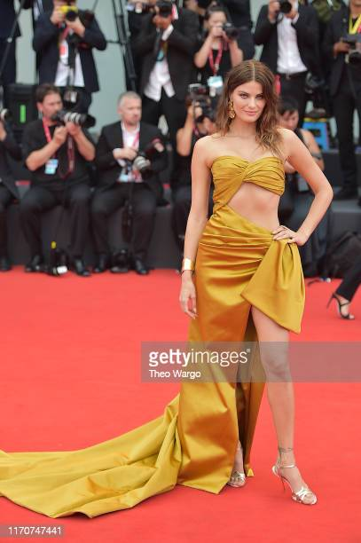 Isabeli Fontana walks the red carpet ahead of the Opening Ceremony and the La Vérité screening during the 76th Venice Film Festival at Sala Grande on...
