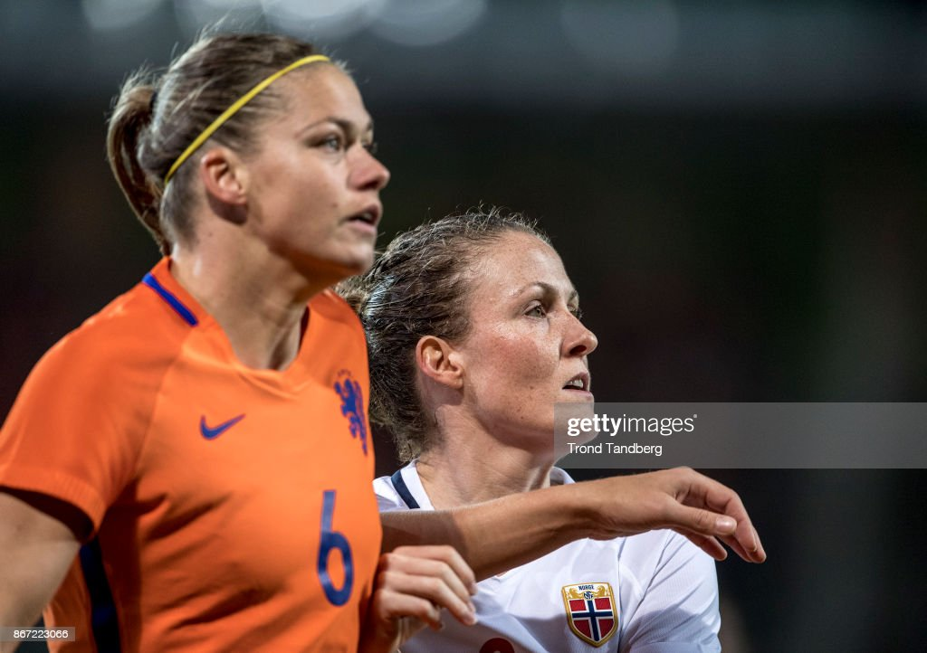 Holland v Norway - FIFA Women's World Cup Qualifier