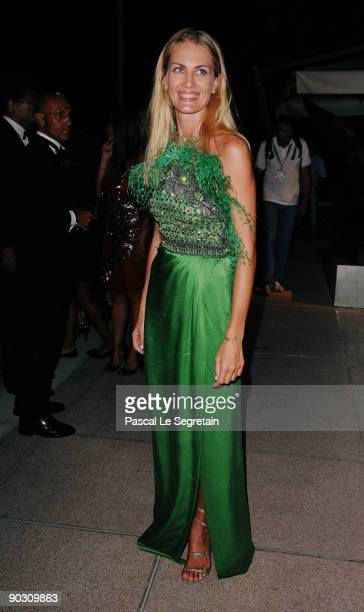 Isabella Borromeo attends the Opening Ceremony Dinner at the Sala Grande during the 66th Venice International Film Festival on September 2 2009 in...