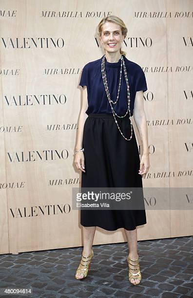 Isabella Borromeo attends the Valentinos 'Mirabilia Romae' haute couture collection fall/winter 2015 2016 at Piazza Mignanelli on July 9 2015 in Rome...