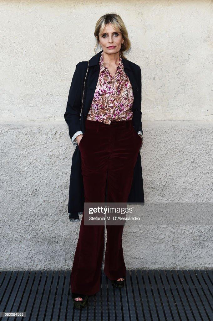 Isabella Ferrari attends a 'Private view of 'TV 70: Francesco Vezzoli Guarda La Rai' at Fondazione Prada on May 7, 2017 in Milan, Italy.