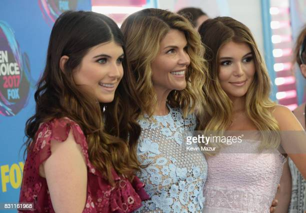 Isabella Giannulli Lori Loughlin and Olivia Giannulli attend the Teen Choice Awards 2017 at Galen Center on August 13 2017 in Los Angeles California