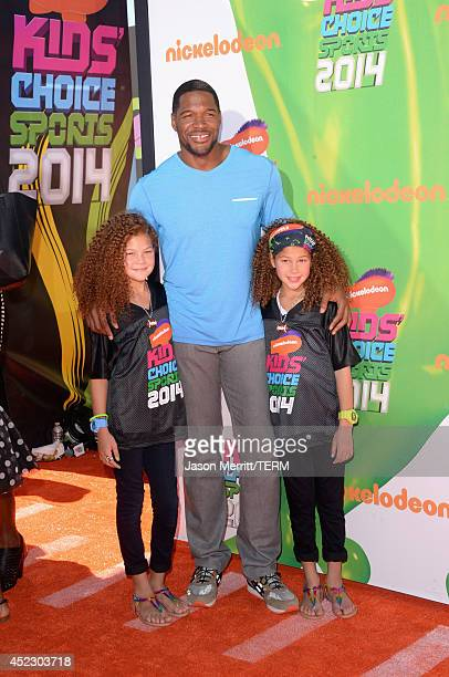 Isabella Strahan TV personality Michael Strahan and Sophia Strahan attends Nickelodeon Kids' Choice Sports Awards 2014 at UCLA's Pauley Pavilion on...