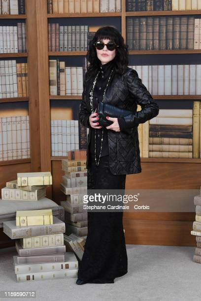 Isabelle Adjani attends the Chanel photocall as part of Paris Fashion Week - Haute Couture Fall Winter 2020 at Grand Palais on July 02, 2019 in...