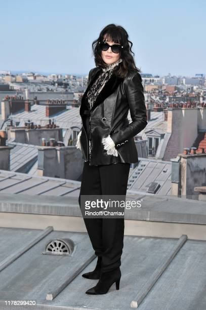 Isabelle Adjani attends the Chanel Womenswear Spring/Summer 2020 show as part of Paris Fashion Week on October 01, 2019 in Paris, France.