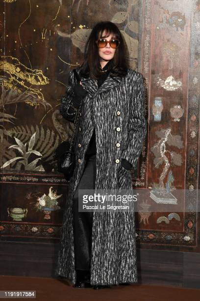 Isabelle Adjani attends the photocall of the Chanel Metiers d'art 20192020 show at Le Grand Palais on December 04 2019 in Paris France