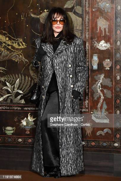 Isabelle Adjani attends the photocall of the Chanel Metiers d'art 2019-2020 show at Le Grand Palais on December 04, 2019 in Paris, France.