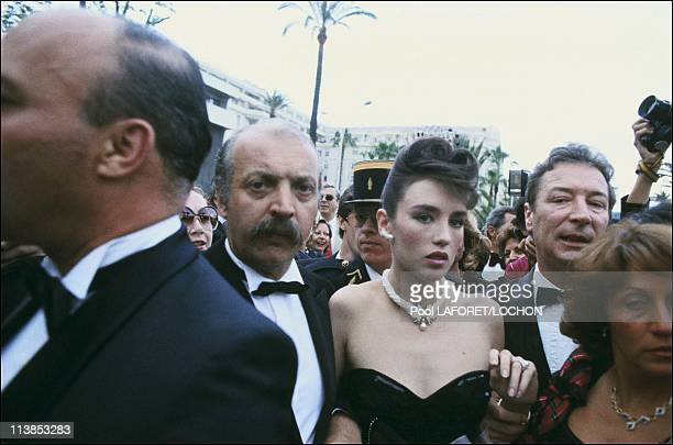 Isabelle Adjani has taken on the pressShe refuses to be photographed by anyone other than the happy few who have signed exclusive contracts with her...