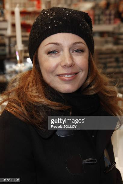 Isabelle Boulay attends Illuminations of BHV Store in Paris France on November 16 2011 NO TABLOIDS