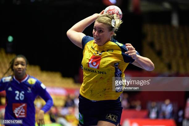 Isabelle Gulldén of Sweden in action during the Women's EHF EURO 2020 match beween France and Sweden in Jyske Bank Boxen on December 15, 2020 in...