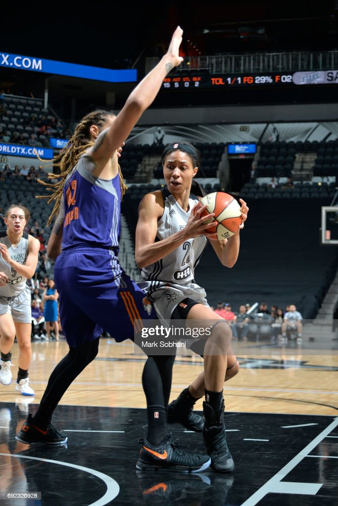 Isabelle Harrison #20 of the San Antonio Stars goes to the basket against the Phoenix Mercury on May 19, 2017 at AT&T Center in San Antonio, Texas.