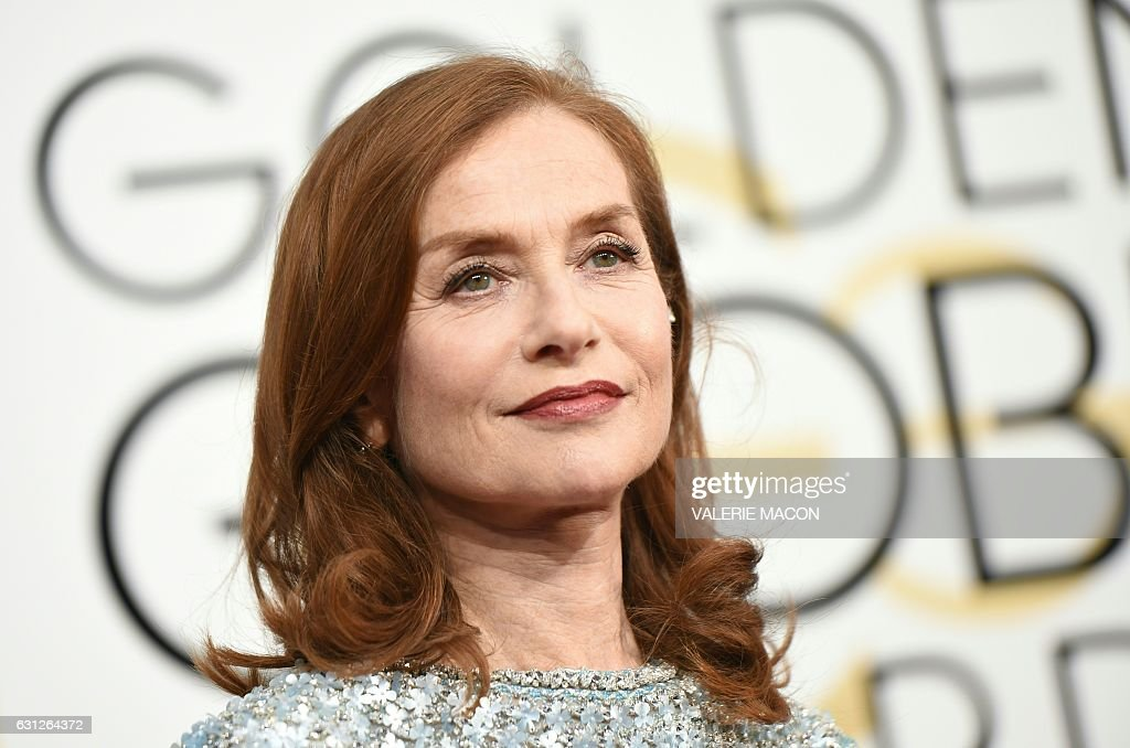 TOPSHOT - Isabelle Huppert arrives at the 74th annual Golden Globe Awards, January 8, 2017, at the Beverly Hilton Hotel in Beverly Hills, California. / AFP / VALERIE