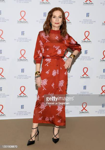 Isabelle Huppert attends Sidaction Gala Dinner 2020 At Pavillon Cambon on January 23, 2020 in Paris, France.