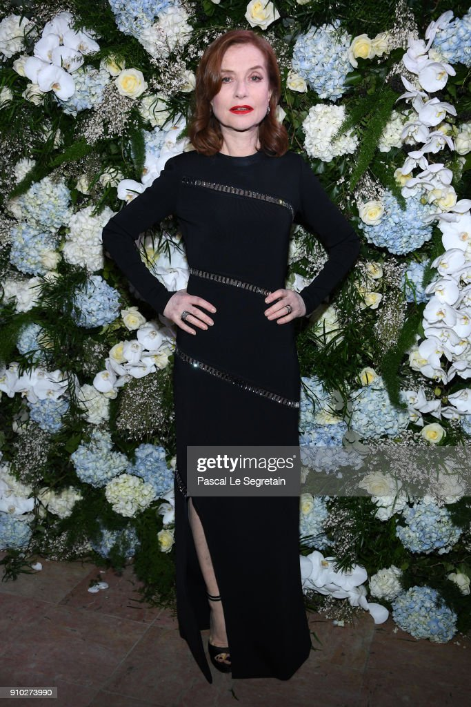 isabelle-huppert-attends-the-16th-sidaction-as-part-of-paris-fashion-picture-id910273990