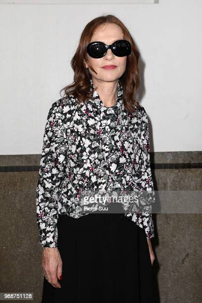 Isabelle Huppert attends the Acne Studios Front Row Paris Fashion Week Womenswear Spring Summer 2019 show part of Paris Fashion Week on July 1 2018...