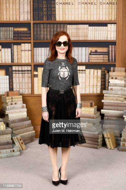 Isabelle Huppert attends the Chanel photocall as part of Paris Fashion Week - Haute Couture Fall Winter 2020 at Grand Palais on July 02, 2019 in...