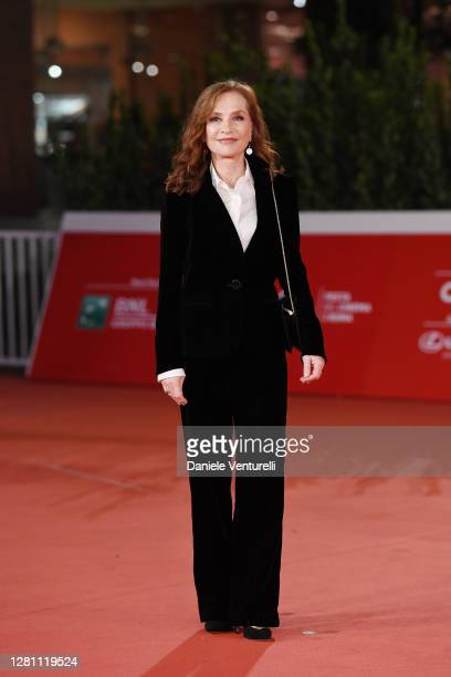 """Isabelle Huppert attends the red carpet of the movie """"Le Discours"""" during the 15th Rome Film Festival on October 19, 2020 in Rome, Italy."""