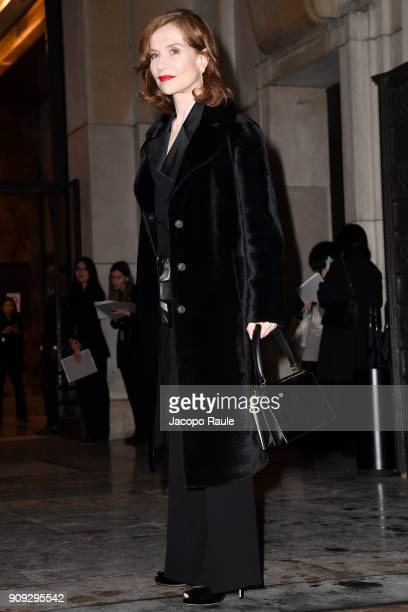 Isabelle Huppert is seen arriving at Armani Prive Fashion show during Paris Fashion Week Haute Couture Spring/Summer 2018 on January 23 2018 in Paris...