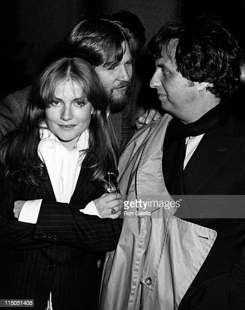 Isabelle Huppert Jeff Bridges and director Michael Cimino attend the premiere of Heaven's Gate on November 18 1980 at Cinema I in New York City