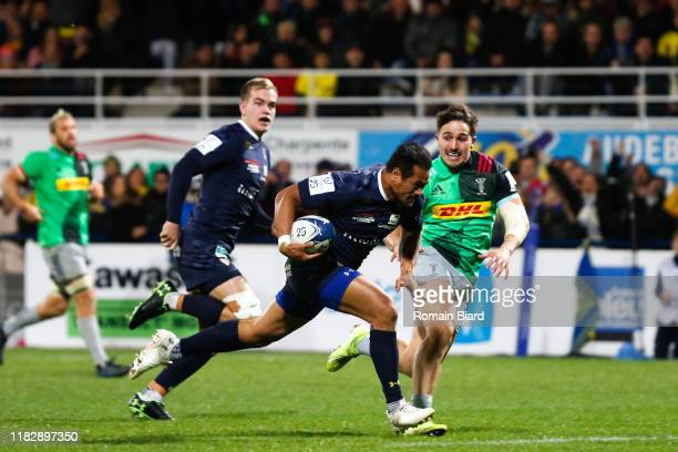 Isaia TOEAVA of Clermont during the European Rugby Champions Cup, Pool 3 match between ASM Clermont Auvergne and Harlequin FC on November 16, 2019 in...