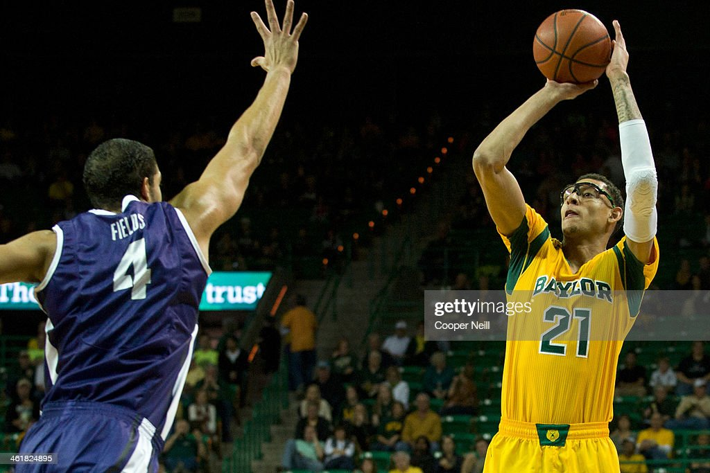 Isaiah Austin #21 of the Baylor Bears shoots the ball against the TCU Horned Frogs on January 11, 2014 at the Ferrell Center in Waco, Texas.