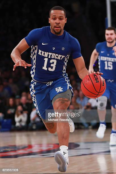 Isaiah Briscoe of the Kentucky Wildcats in action against the Michigan State Spartans during the first half at Madison Square Garden on November 15...
