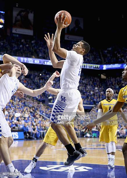 Isaiah Briscoe of the Kentucky Wildcats shoots the ball during the game against the Missouri Tigers at Rupp Arena on January 27 2016 in Lexington...