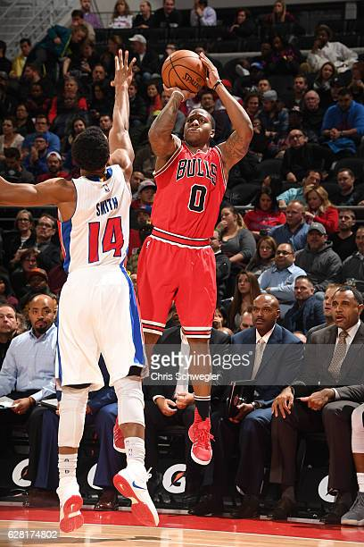 Isaiah Canaan of the Chicago Bulls shoots the ball against the Detroit Pistons on December 6 2016 at The Palace of Auburn Hills in Auburn Hills...