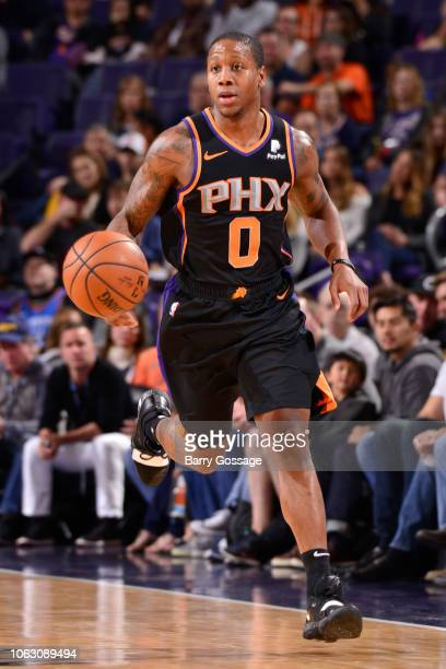 Isaiah Canaan of the Phoenix Suns brings the ball up the court against the Oklahoma City Thunder on November 17 2018 at Talking Stick Resort Arena in...