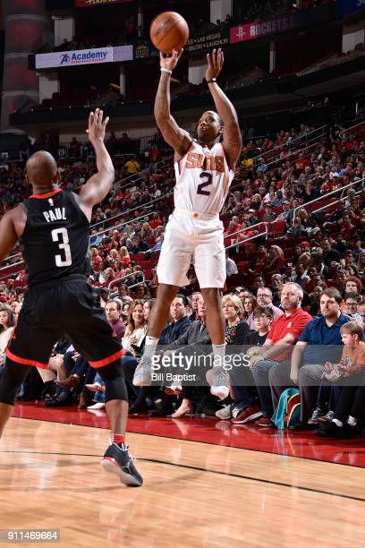 Isaiah Canaan of the Phoenix Suns shoots the ball against the Houston Rockets on January 28 2018 at the Toyota Center in Houston Texas NOTE TO USER...