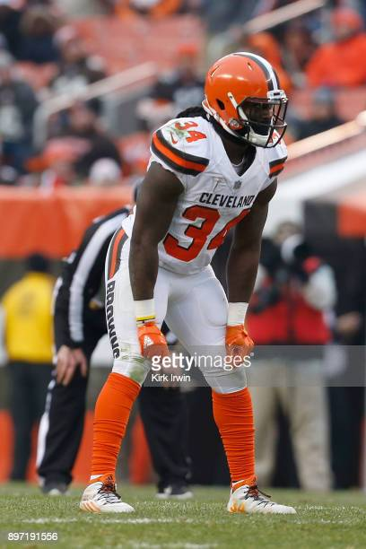 Isaiah Crowell of the Cleveland Browns prepares for the ball to be snapped during the game against the Baltimore Ravens at FirstEnergy Stadium on...