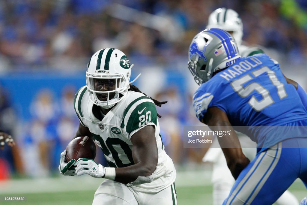 Isaiah Crowell #20 of the New York Jets runs the ball in the second half against the Detroit Lions at Ford Field on September 10, 2018 in Detroit, Michigan. The Jets won 48 to 17.