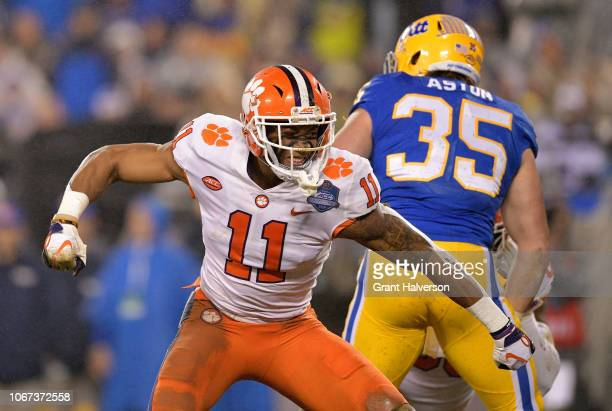 Isaiah Simmons of the Clemson Tigers reacts against the Pittsburgh Panthers in the second quarter during their game at Bank of America Stadium on...
