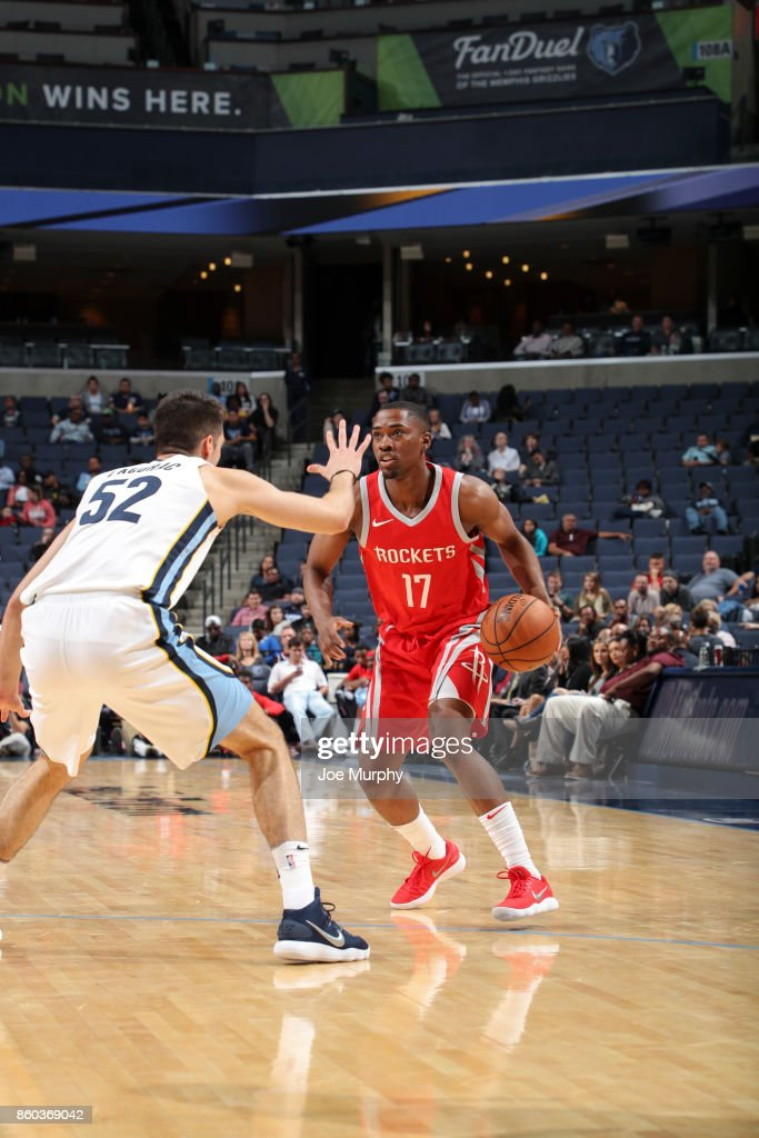 Isaiah Taylor #17 of the Houston Rockets handles the ball during a preseason game against the Memphis Grizzlies on October 11, 2017 at FedExForum in Memphis, Tennessee.