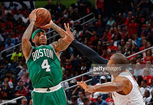 Isaiah Thomas of the Boston Celtics shoots against Al Horford of the Atlanta Hawks n Game Five of the Eastern Conference Quarterfinals during the...