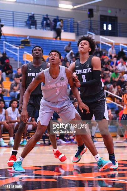 Isaiah Todd boxes out Paolo Banchero for a rebound during the Nike Academy Showcase Game on August 10 2019 at the Los Angeles Southwest College in...